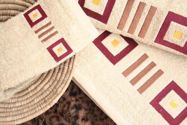 Towel (130)