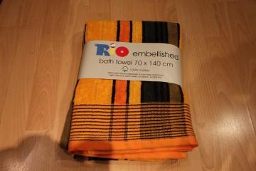Towel (182)