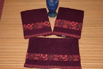 Towel (205)